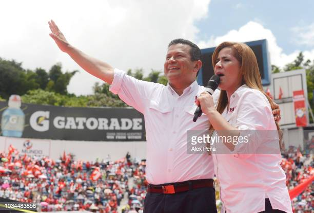 Candidate for Presidency Hugo Martinez and Karina Sosa give a speech the supporters at Cuscatlan Stadium on September 09 2018 in San Salvador El...