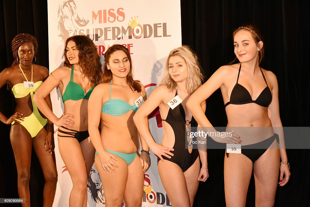 """""""Supermodel France 2017"""" and """"Miss Petite France 2017"""" : Election Ceremony Hosted by """"Comite Miss Nationale"""" In Paris : Nachrichtenfoto"""