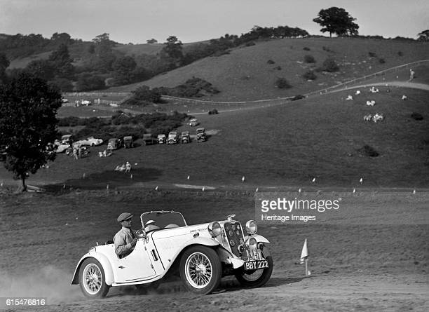 Candidi Provocatores team Singer Le Mans at the Singer CC Rushmere Hill Climb, Shropshire 1935. Singer Le Mans 1935 972 cc. Vehicle Reg. No. BBY222....
