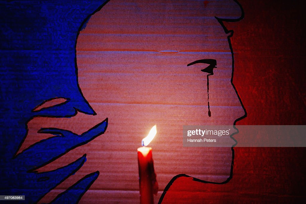 Vigil Held In Auckland For Victims of Paris Attacks : News Photo