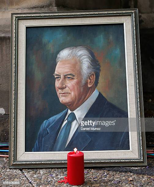 A candle is lit next to a portrait of former Australian Prime Minister Gough Whitlam at Sydney Town Hall on November 5 2014 in Sydney Australia Gough...