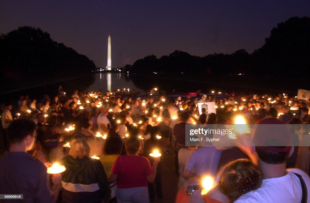 A candle light vigil was held on the Mall last night to to remember the people that died in the september 11 terrorist attack in New York and Washington D.C.