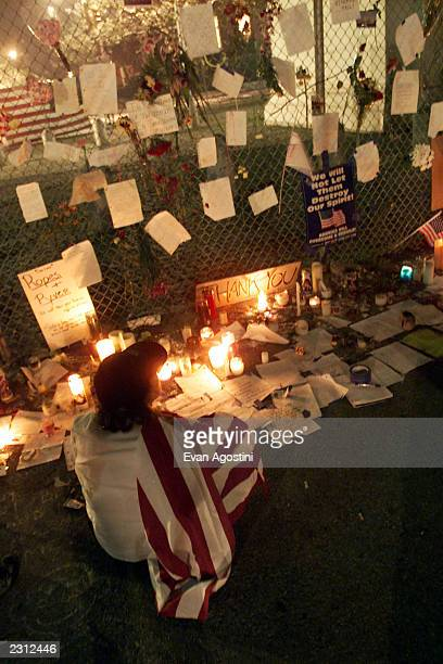 Candlelight vigil for the victims of the World Trade Center terrorist attack at Washington Square in New York City 9/13/2001 Photo Evan...