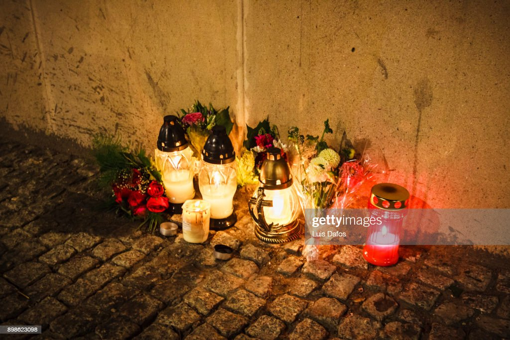 Candles at the street on Warsaw Uprising Remembrance Day : Stock Photo