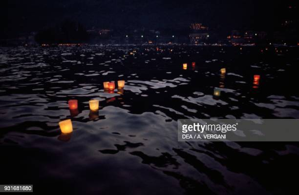 141 Floating Pool Candles Photos And Premium High Res Pictures Getty Images