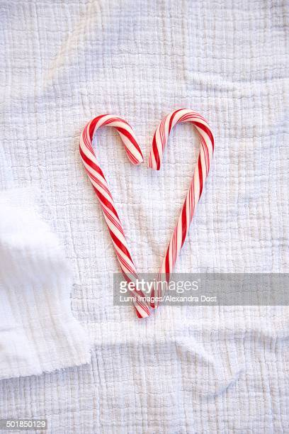 candy cane heart, munich, bavaria, germany - alexandra dost stock-fotos und bilder