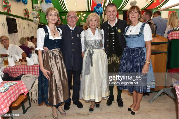 Candy Pomp Peter Lanz Fuerstin Inge WredeLanz Peter Mey and Prinzessin Ursula von Bayern during the BMW Armbrustschiessen as part of the Oktoberfest...