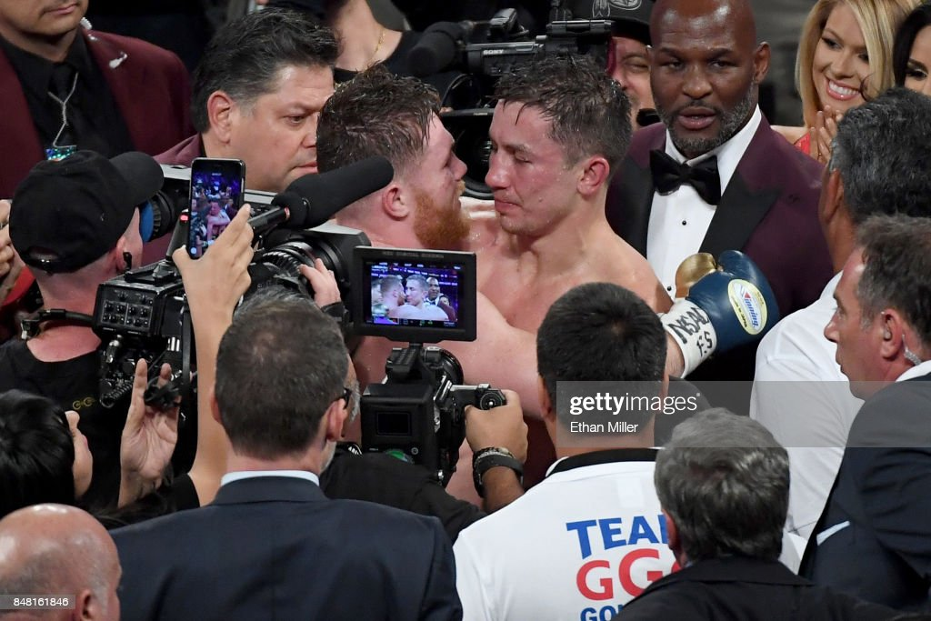 Gennady Golovkin v Canelo Alvarez : News Photo