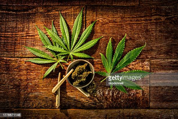 cannabis joints medicinal use - cannabis store stock pictures, royalty-free photos & images