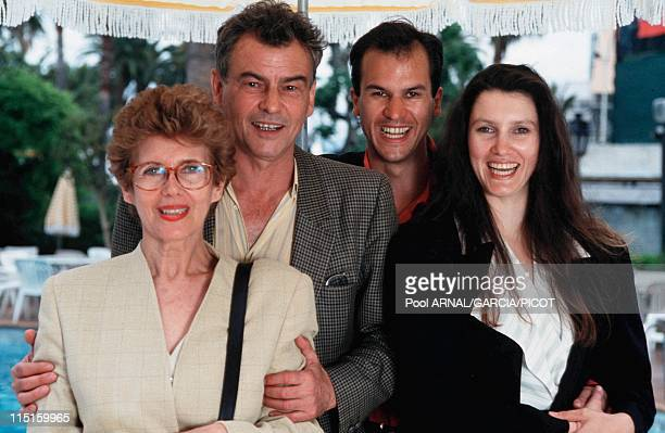 Cannes Film Festival in Cannes France in May 1993 Horst Buchholz with his wife Myriam Bru and their children Christopher and Beatrice