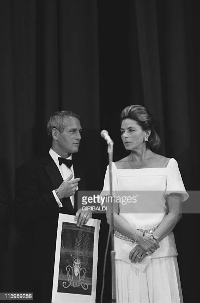 Cannes Film Festival In Cannes France On May 25 1973Paul Newmn and Ingrid Bergman