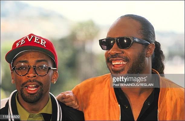"Cannes Film Festival: photo call and stairs of ""Jungle Fever"" in Cannes, France on May 16, 1991 - Spike Lee and Stevie Wonder."