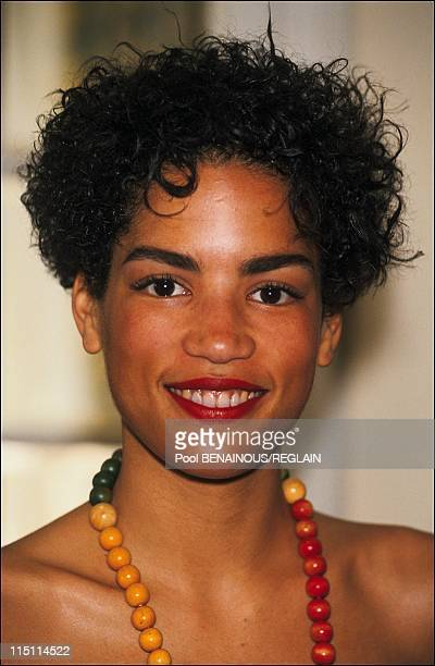 "Cannes Film Festival: photo call and stairs of ""Jungle Fever"" in Cannes, France on May 16, 1991 - Veronica Webb."