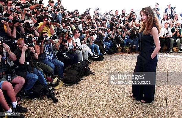 Cannes Film Festival Photo Call L'Oreal With Virginie Ledoyen Laetitia Casta Diana Hayden And Claudia Schiffer In Cannes France On May 13...