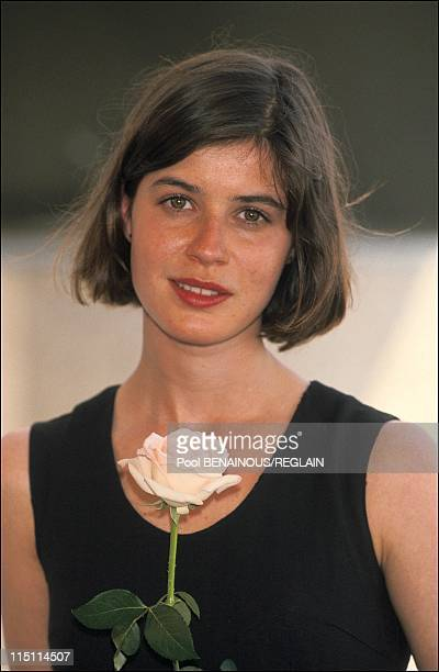 "Cannes Film Festival: photo call of ""La double vie de Veronique"" by k.Kielowski in Cannes, France on May 15, 1991 - Irene Jacob."