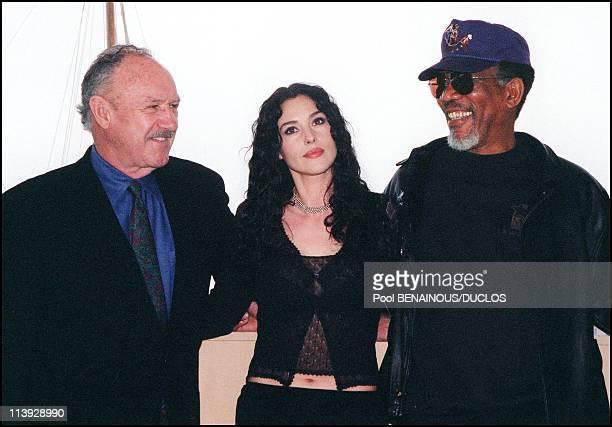 Cannes Film Festival Photo Call Of The Film Under Suspicion In Cannes France On May 11 2000Gene Hackman Monica Bellucci Morgan Freeman