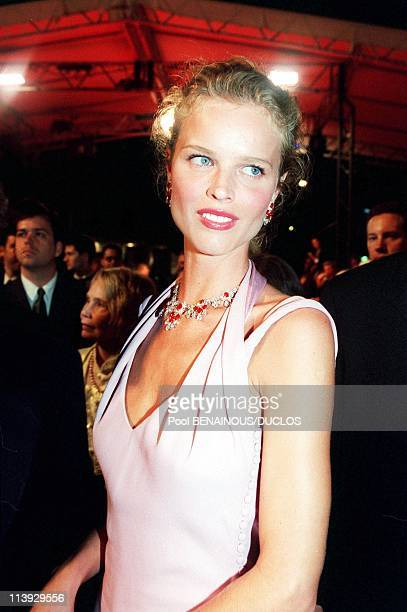 Cannes film festival stairs of The Yards In Cannes France On May 20 2000Eva Herzigova