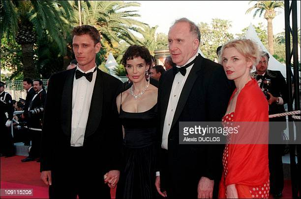 Cannes Film Festival Steps Of 'Fast Food Fast Women' And Tribute To Philippe Noiret On May 15Th 2000 In Cannes France Cast Of 'Fast Food Fast Women'...