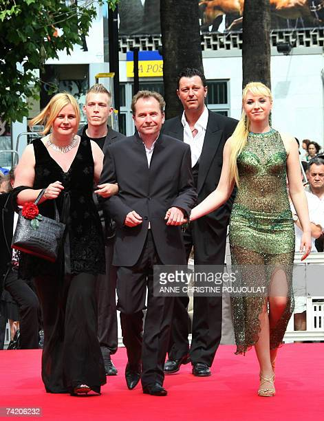 Austrian director Ulrich Seidl and his wife Ukrainian actress Ekateryna Rak Austrian actors Paul Hofmann and Michael Thomas arrive 21 May 2007 at the...