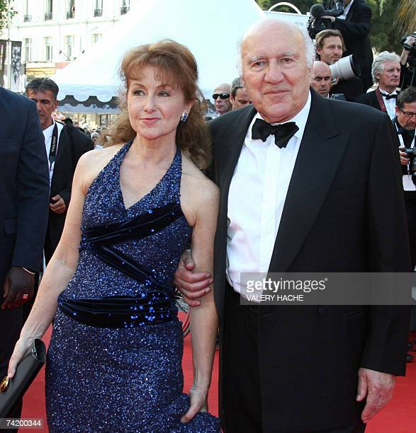 French actor and director Michel Piccoli arrives 20 May 2007 with his wife Ludivine Clerc at the Festival Palace in Cannes southern France for the...
