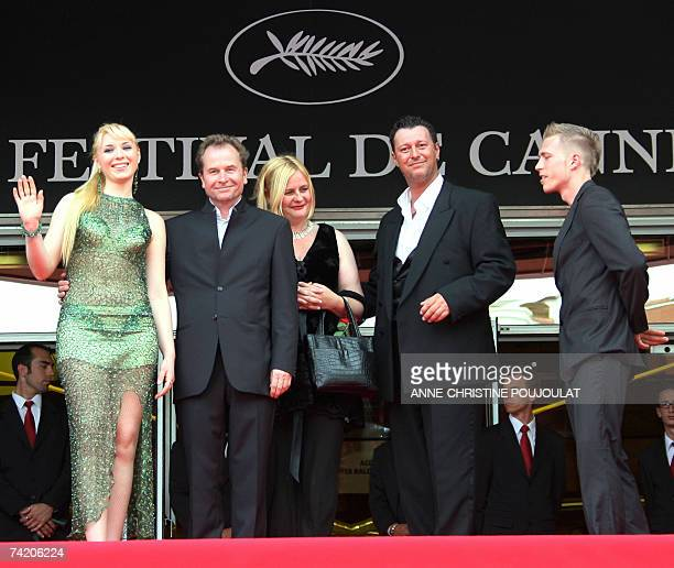 Ukrainian actress Ekateryna Rak Austrian director Ulrich Seidl and his wife and Austrian actors Michael Thomas and Paul Hofmann pose 21 May 2007 upon...