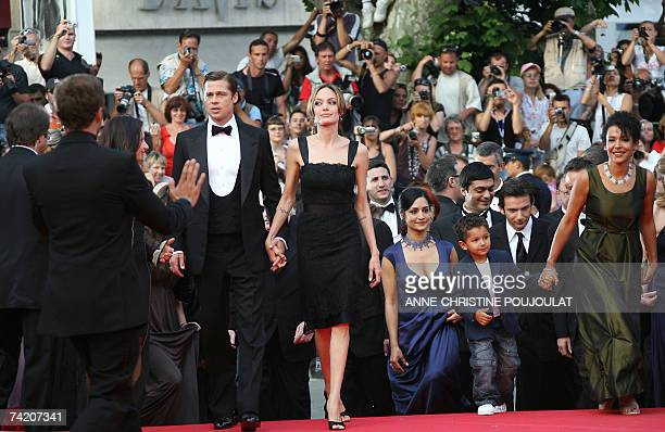 US actor and producer Brad Pitt and US actress Angelina Jolie arrive 21 May 2007 with British actress Archie Panjabi US actor Dan Futterman and...