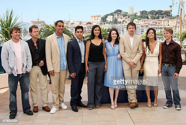 US director Richard Linklater poses with the cast of his film 'Fast Food Nation US actor Greg Kinnear US actor Bobby Cannavale US actor Wilmer...