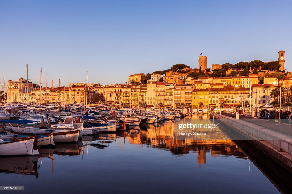 Cannes panorama at sunrise : Photo