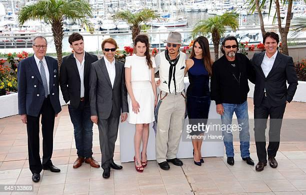 Actors Geoffrey Rush Sam Caflin producer Jerry Bruckheimer Astrid BergesFrisbey Johnny Depp Penelope Cruz Ian McShane and director Rob Marshall...
