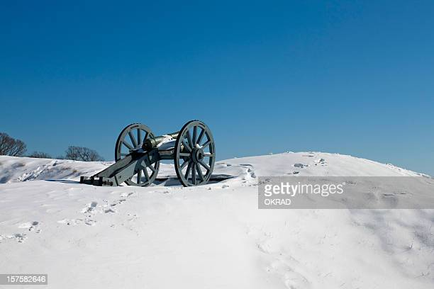 cannon at yorktown battlefield hill - revolutionary war stock photos and pictures