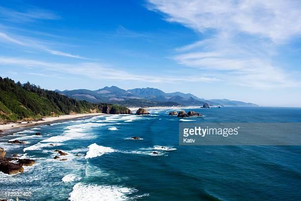 cannon beach, oregon - oregon coast stock pictures, royalty-free photos & images
