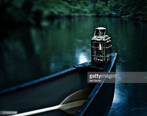 canoe in the abyss - ian gwinn fotografías e imágenes de stock
