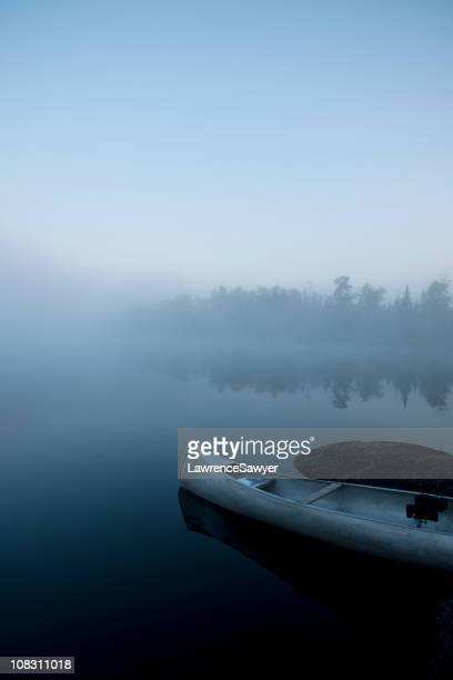 canoe in the boundary waters of northern minnesota - boundary waters canoe area stock pictures, royalty-free photos & images