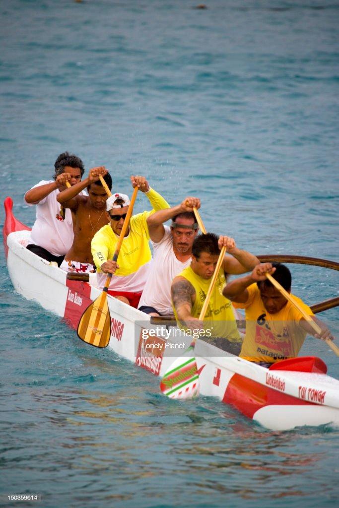Canoe paddling at Kamekahonu Beach, Kailua Kona. : Stock Photo