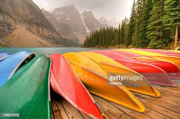 Kanus Linie dock am See Moraine Lake, Banff National Park