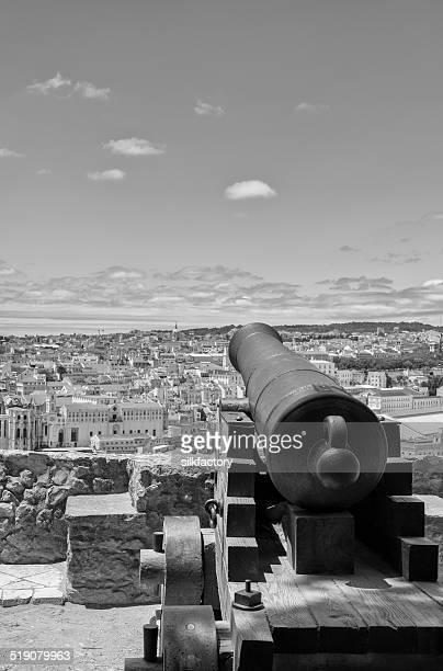 キヤノンでの中世の城サンジョルジェにセカテドラル - バイシャ ストックフォトと画像