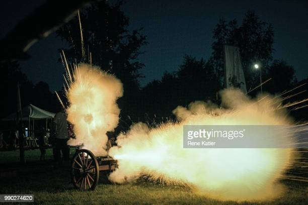 canon fire - cannon stock pictures, royalty-free photos & images