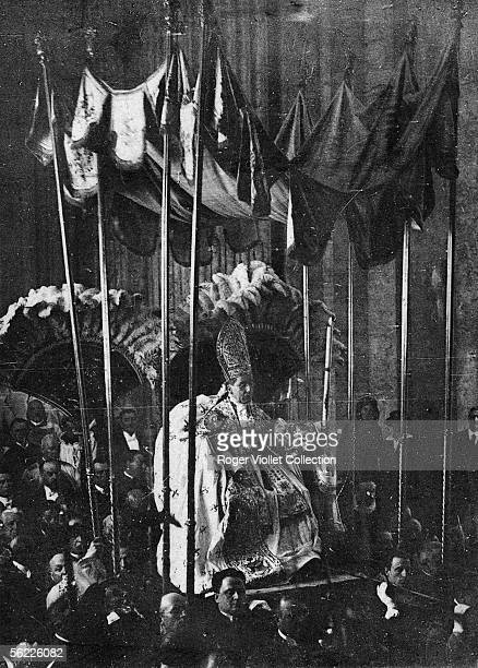 Canonization of Saint Joan of Arc in Rome in may 1920 Benedict XV pope from 1914 to 1922