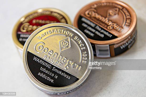 Smokeless Tobacco Stock Photos and Pictures | Getty Images