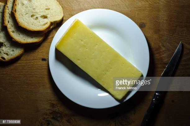 cantal cheese - cantal stock pictures, royalty-free photos & images