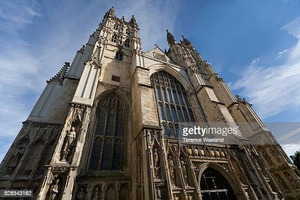 canterbury cathedral; canterbury, kent, england - terence waeland stock pictures, royalty-free photos & images