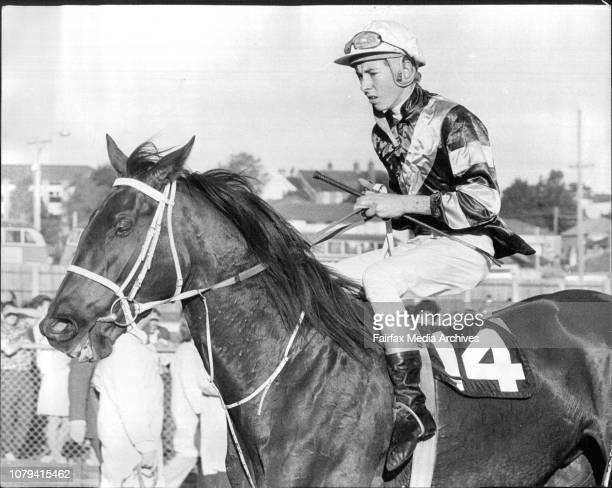 8th race 2nd Brighton Grad Stakes1 Finish 2 Retscale Tudor Charger Photo Tip Tudor Charger who is engaged in the Newport Welter May 8 1974