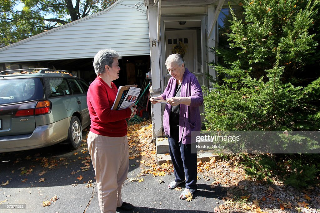 Canvasser Kate Donaghueleft talks with fellow Westborough resident Brenda Smith during a lunch & Sheu0027s The Iron Woman of Massachusettsu0027 Political Canvassers ... pezcame.com