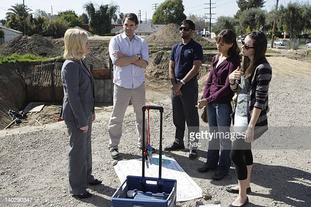 RECREATION Canvassing Episode 103 Airdate Pictured Amy Poehler as Leslie Knope Paul Schneider as Mark Brendanawicz Aziz Ansari as Tom Haverford...