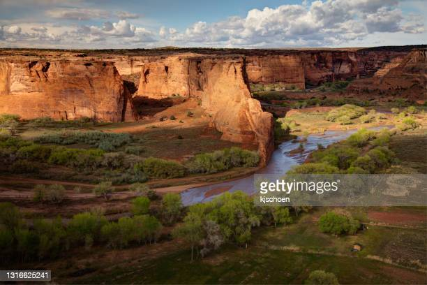 canyon de chelly evening colors from the tsegi overlook - canyon de chelly national monument stock pictures, royalty-free photos & images