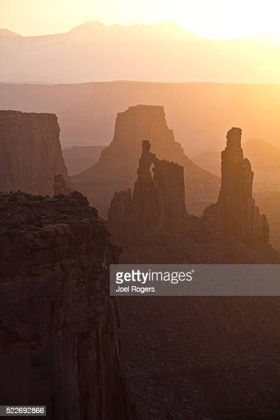 canyonlands national park, utah, islands in the sky district, wa - mesa arch stock pictures, royalty-free photos & images