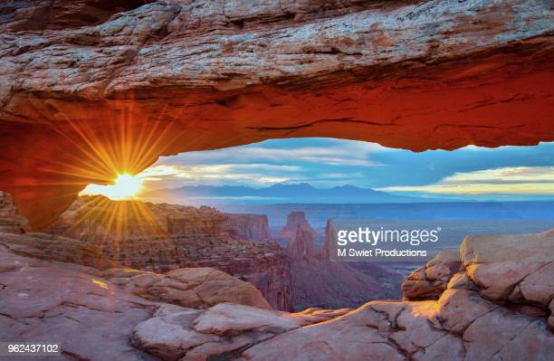 canyonlands - mesa arch stock pictures, royalty-free photos & images