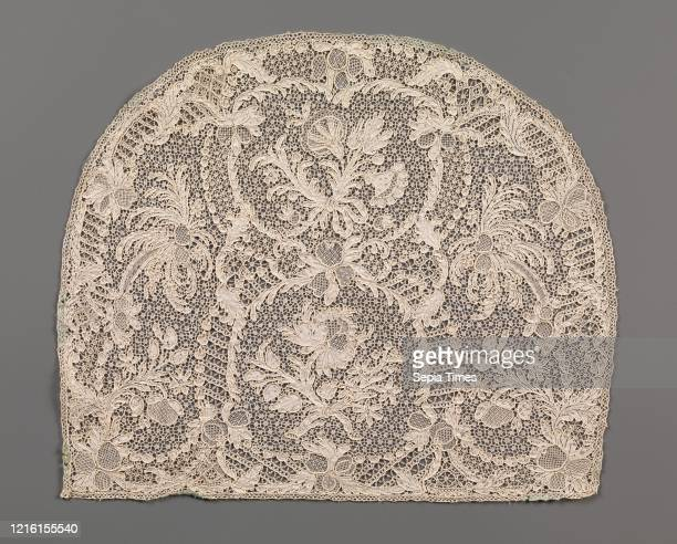 Cap crown, 1720-40, French, Linen, needle lace, Overall : 8 7/16 _ 10 1/16 in. , Textiles-Laces, Laces produced in Alencon and Argentan, where the...