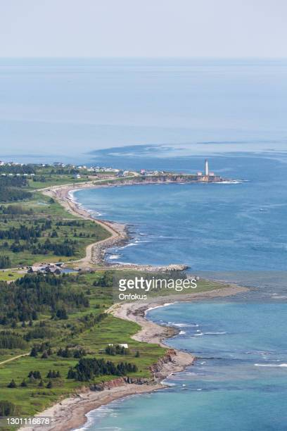 cap des rosiers lighthouse, gaspe peninsula, quebec, canada - river st lawrence stock pictures, royalty-free photos & images
