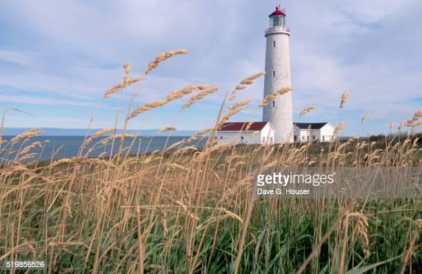 cap des rosiers lighthouse - cap des rosiers stock pictures, royalty-free photos & images
